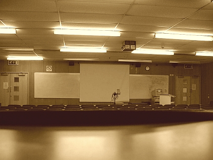 lecture_room.jpg